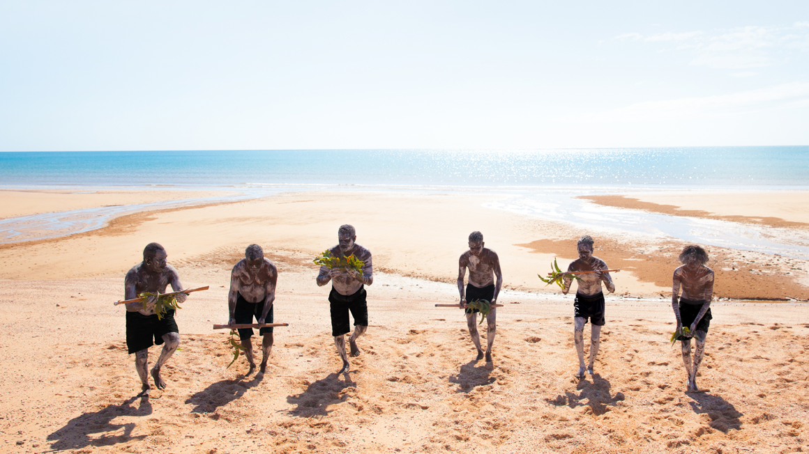 Members of the Yunupiŋu family at a North East Arnhem Land beach